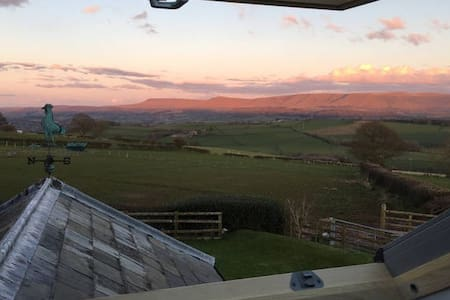 Ty-Vern - Brecon Beacons Holiday Cottage, Room 2 - Huis