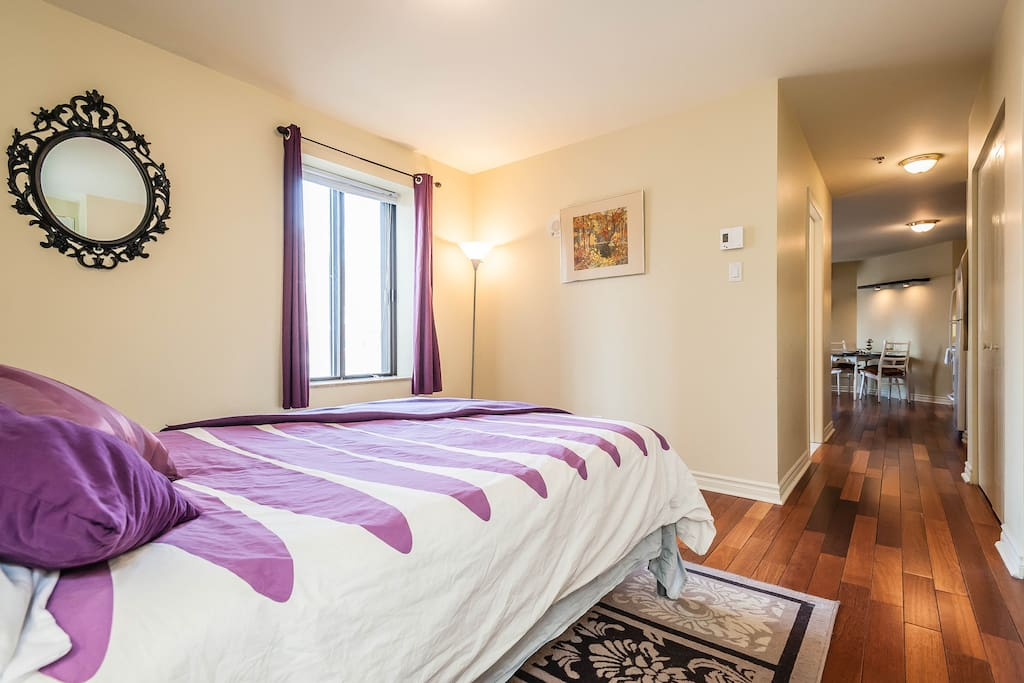 Fully equipped apartment with 2 double beds, 1 single bed and 1 foldable sofa  *note: door has been added to the bedroom after this picture was taken