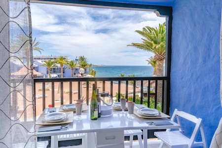 Extra luxury beachfront apartment with  2 bedrooms - Flat