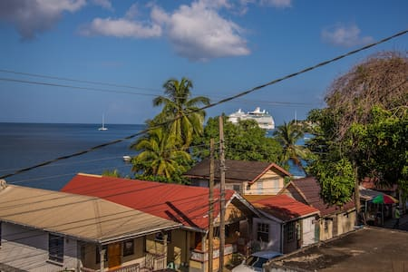 Apparemment with See View in Roseau - DOMINICA - Penzion (B&B)