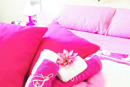 THEME COSY  ROOM , NAPLES Center , SEAFRONT - Bed & Breakfast