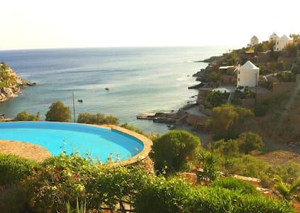 Poseidon Villa on Koundouros beach - Koundouros