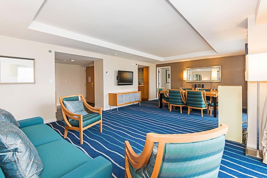 2 bedroom/3 bath 33rd Fl Penthouse