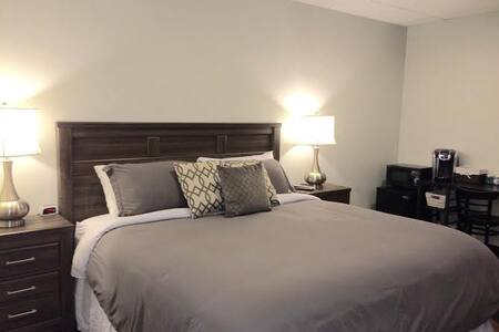 Room 209 - Landmarc Building Utica (PRIVATE) - Utica - Appartamento