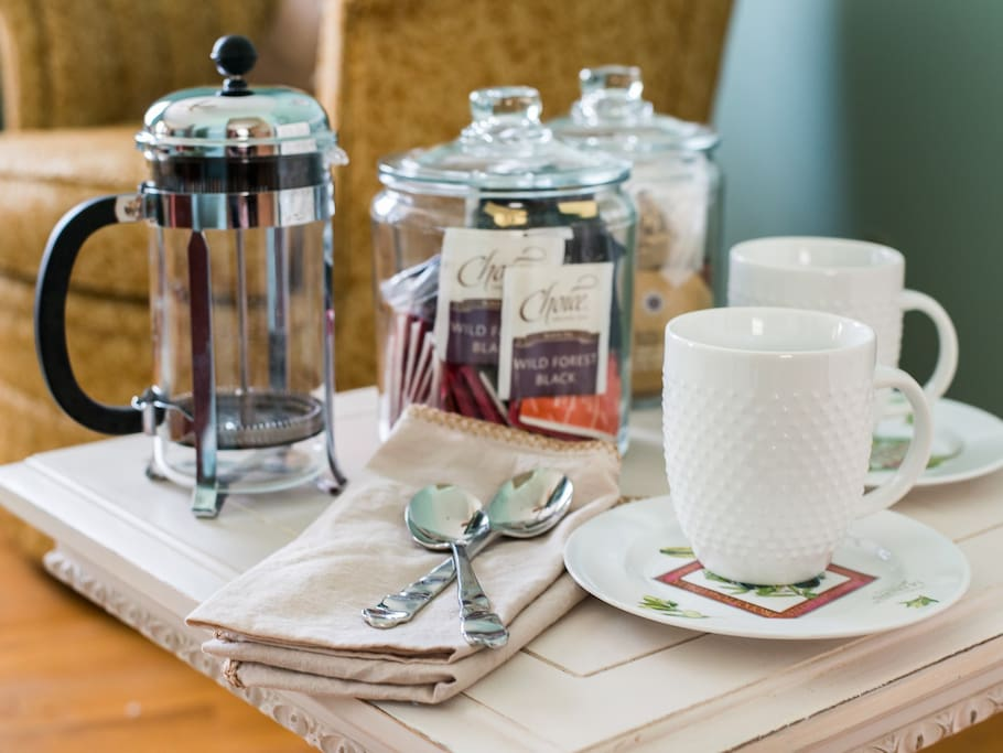 French press coffee and extensive tea selection (greens, blacks, herbals).