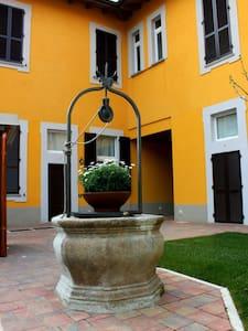 vicino Fiera Rho - Milano - Rumah