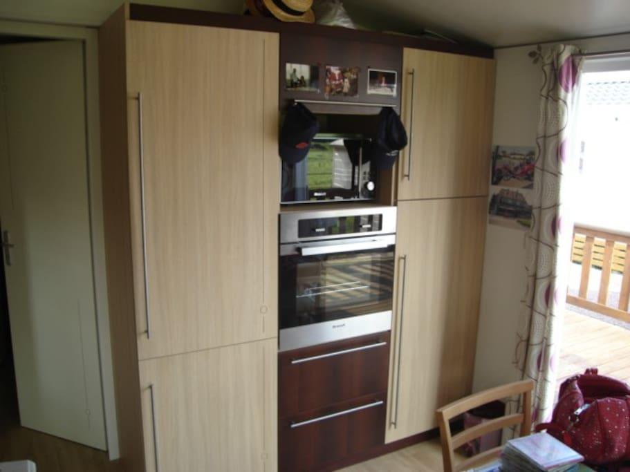 espace cuisson réfrigérateur