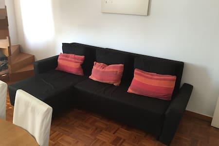 O melhor sofá de Oeiras - Pis