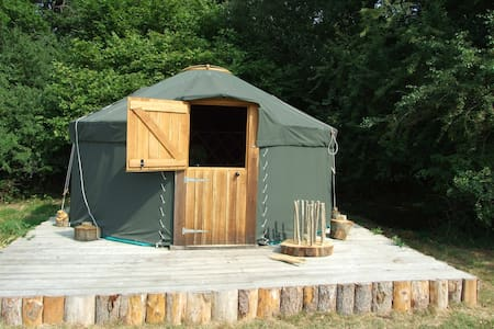 'Oak' Yurt in West Sussex - Yurta