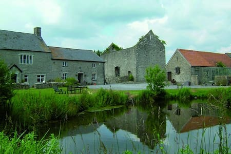 The Granary at Fishweir Farm - Saint Mary Church - Appartement