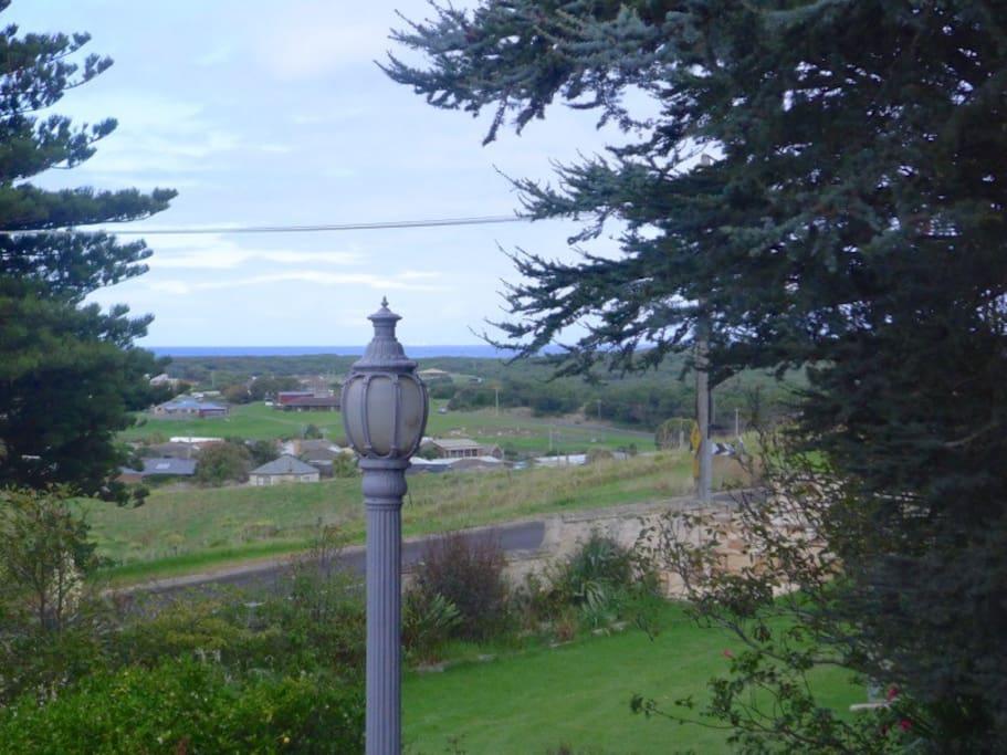 'Sandilands' -  central views retro