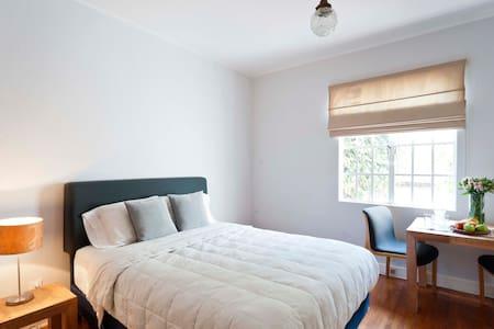 Condesa NEW!, Private Bedroom R - Maison