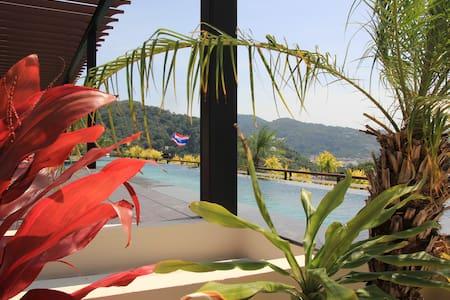 Karon apartment with sea views - Karon - Apartment