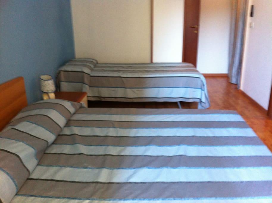 three bedded room