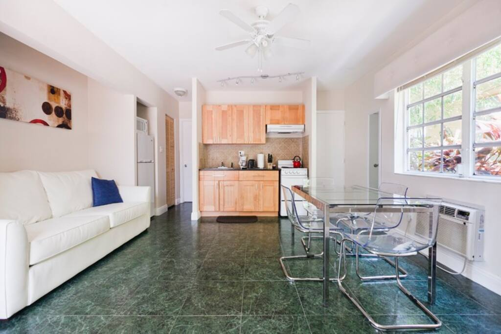 SOUTH BEACH ONE BEDROOM SHEVAa