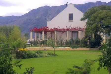 Eikelaan Obiqua Cottage - Tulbagh Rd