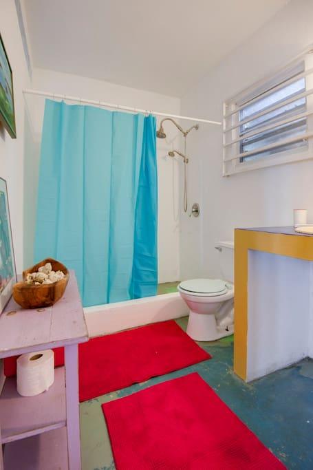 Master Suite #2 Bathroom