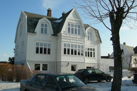 Rent in a Centre for massagetherapy - Haugesund - Casa