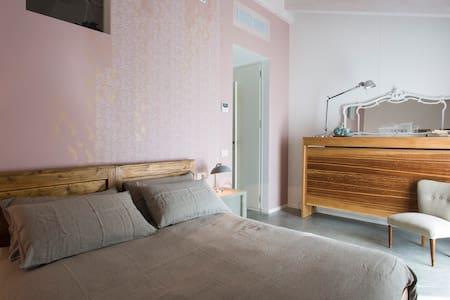 Flower room - charme b&b (Treviso) - Villorba - Bed & Breakfast