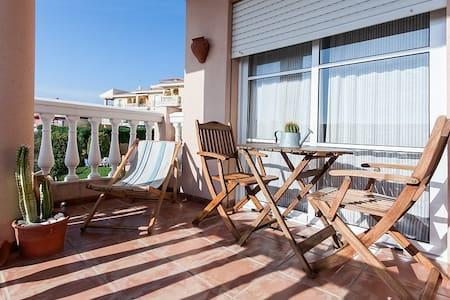 Sunny apartment in Cala de Mijas - Mijas Costa - Apartamento