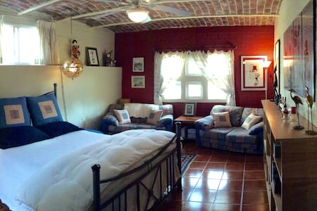 Room with benefits - UPDATED - Rumah