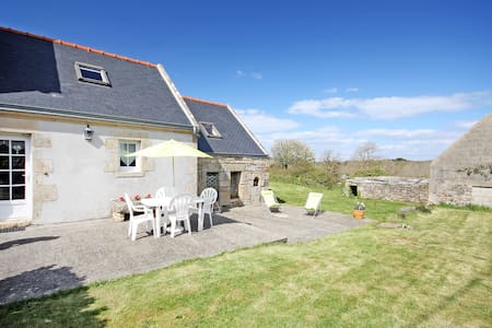 Maison bretonne à 500 m de la mer - Rumah