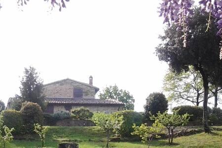 Cerqua country house - private pool - Saragano - gualdo cattaneo- Perugia