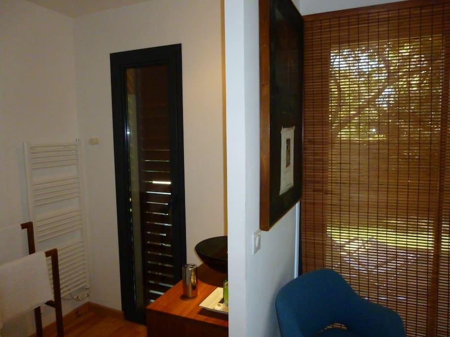 chambre d 39 h tes cap ferret maisons louer l ge cap ferret. Black Bedroom Furniture Sets. Home Design Ideas