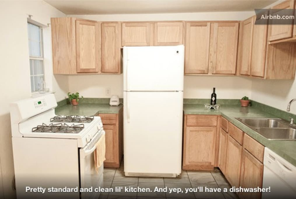 Kitchen - fully equipped with dishwasher, dishes, cooking utensils, blender, etc!