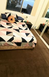 Cosy Room with WiFi - Matraville, New South Wales, Australia - Apartment