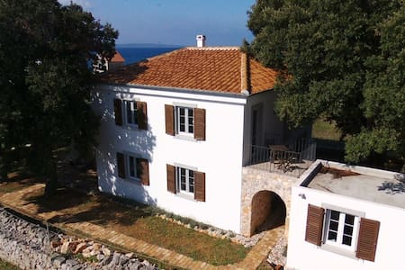 Villa Lavanda - near Zadar, Croatia - Olib