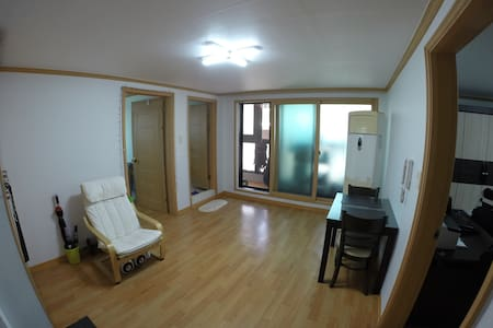 Seoul Station Apartment 06/17-08/30