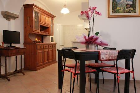Accogliente appartamento a Saint-Vincent - Saint-Vincent