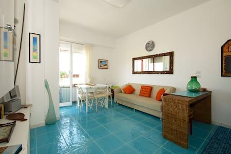 Living Puglia: apartment on the sea - Bari
