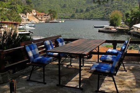 Quiet Apartment on Adriatic  Irena - Okuklje - Apartemen