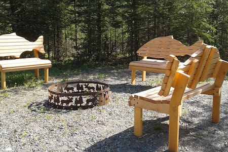 3 bedroom, 1 bath quiet lodge with forest view! - Soldotna - Appartement