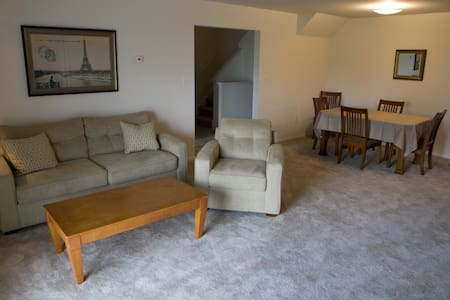 Comfortable 2 BR 2 bath with loft - 1409 - Woodbridge Township - Διαμέρισμα