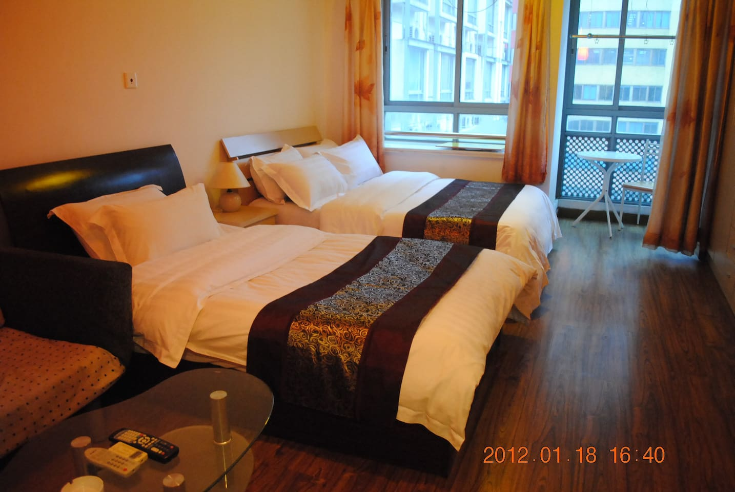 Warm  Twin Room  in Shanghai!!