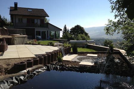 Villa avec wellness et piscine - Hus