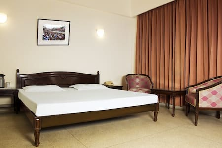Alpana Hotel - Haridwar - Bed & Breakfast