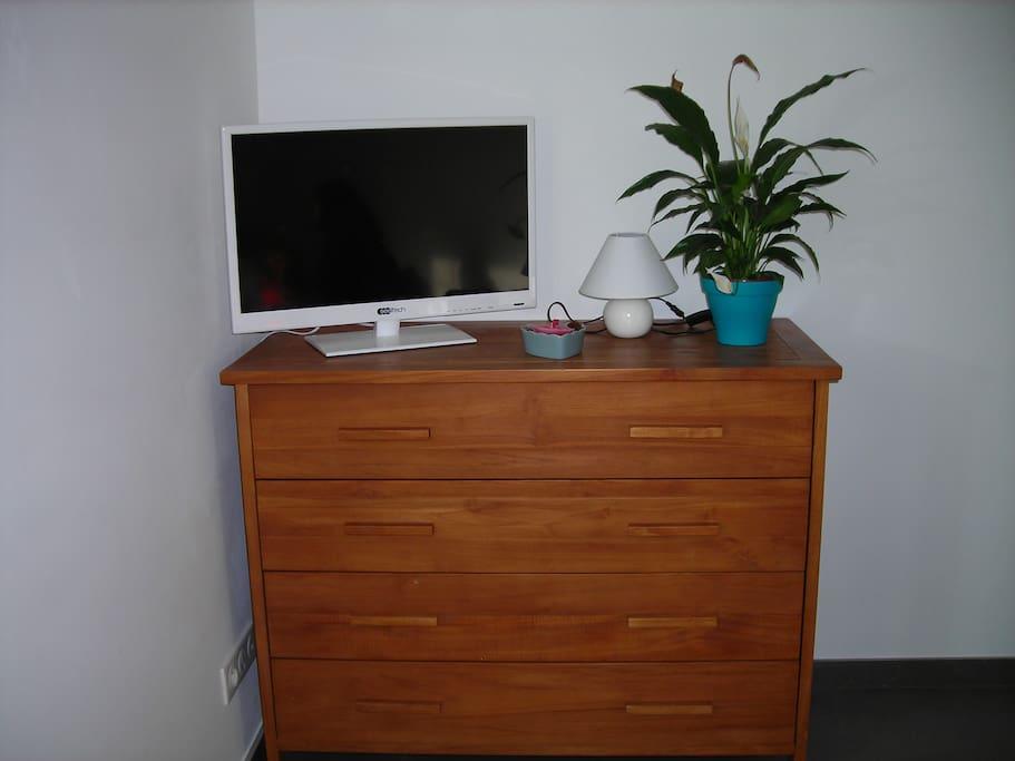 tv,wifi
