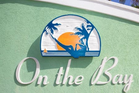 On the Bay 102 - Condomínio