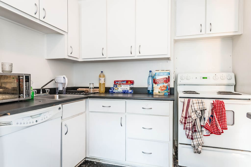 Includes a dishwasher, microwave, stove/oven