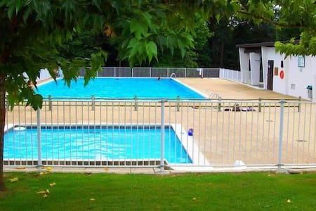 Studio with pool in Basque County