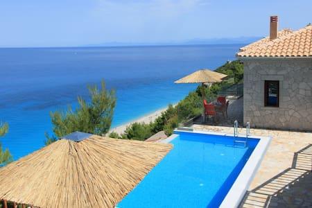 Milos Paradise Private Luxury Villa Iris - Agios Nikitas