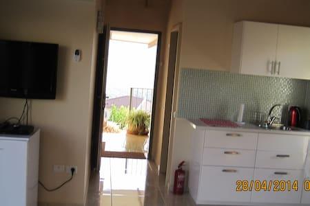 Ditza's Zimmer       הצימר של דיצה  - Apartamento