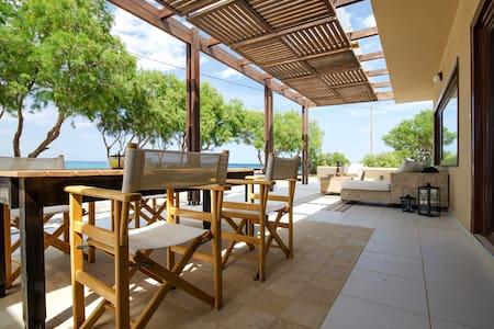 Villa Kouvohori Seafront 3 Bedrooms - Heraklion - Villa