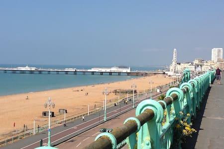 Luxury Seaside Apartment - Brighton - Lejlighed