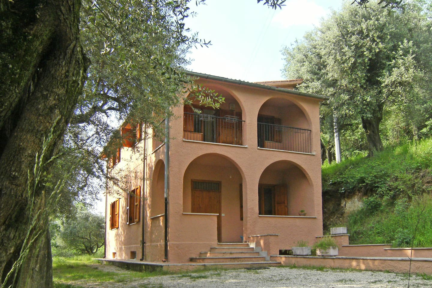 Country house with panoramic view