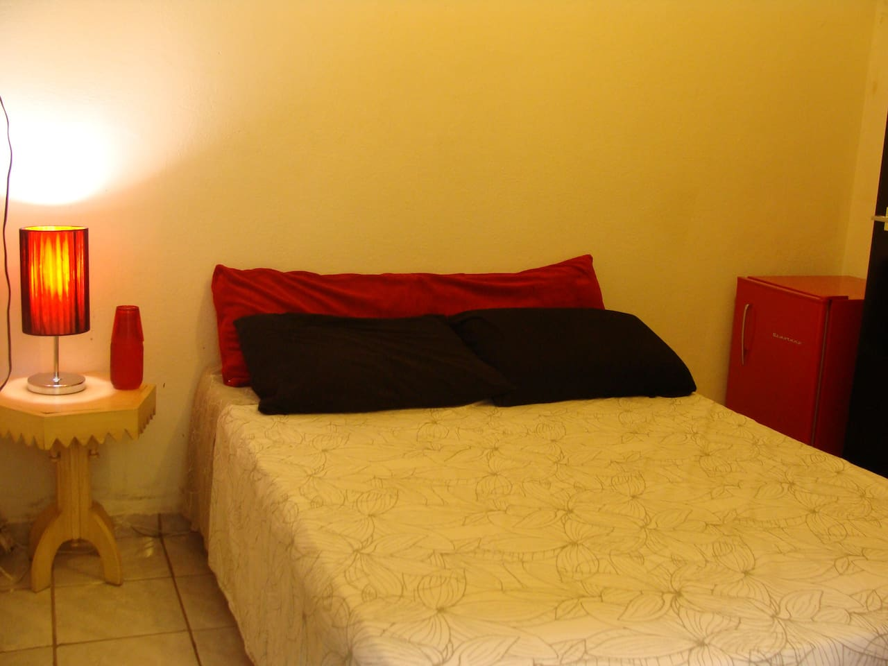 Cheap room for a couple